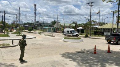 Foto de Colômbia adota mais duas semanas de confinamento nacional contra covid-19