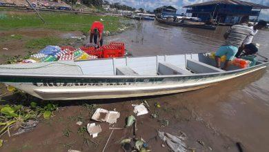 Foto de PM apreende dois estrangeiros por roubo de embarcação em São Paulo de Olivença (AM)