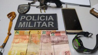Foto de Policiais militares da 2ª CPM detêm dupla com arma de fogo em Benjamin Constant