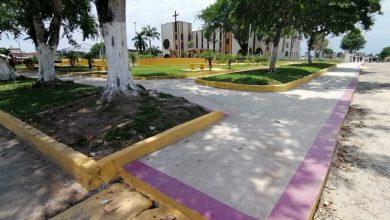"""Foto de Praça da Igreja Matriz em Tabatinga (AM) ganha reforma e """"calçadão"""" para caminhadas"""